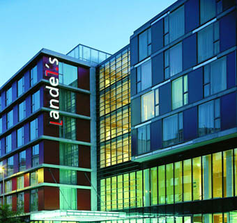 Andels hotel prague for Modern hotel prague